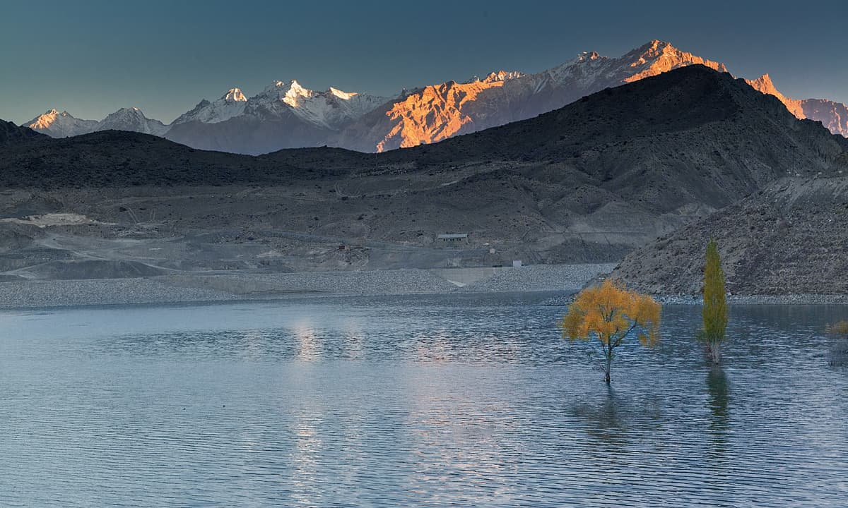 Sadpara lake at dawn